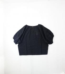 soi-e 鏤空刺繡大澎袖上衣