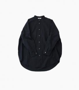soi-e 小立領短寬版圓弧排釦襯衫