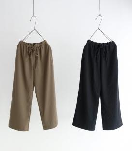 ichi 滑布面鬆緊腰直筒褲